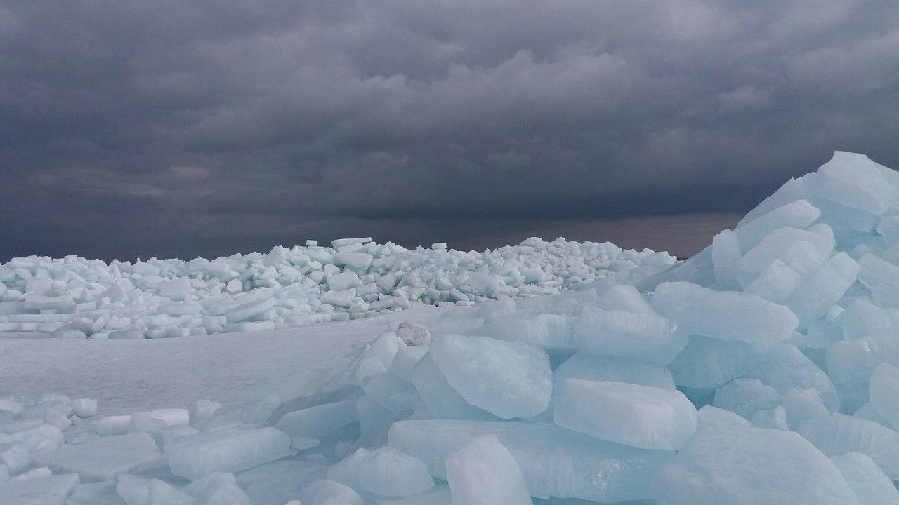 На водоймах Голопристанщини з'явилися айсберги