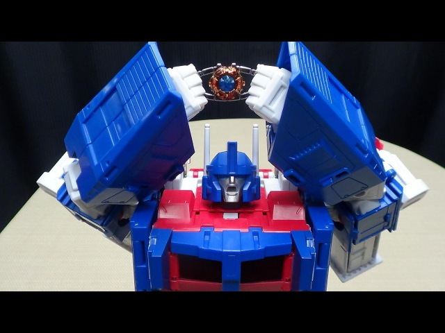 MP-22 Masterpiece ULTRA MAGNUS EmGos Transformers Reviews N Stuff