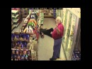 Бени Хил Умора Drunk Guy Tries to Buy Beer (Benny Hill style)