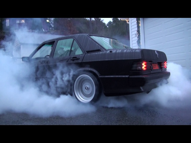 Burnout Mercedes 190E Turbo