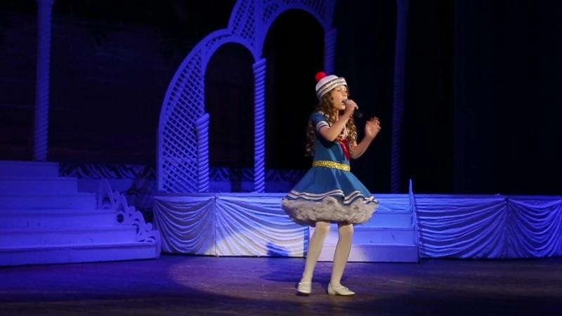 Алиса Олейникова с песенкой Мій моряк!