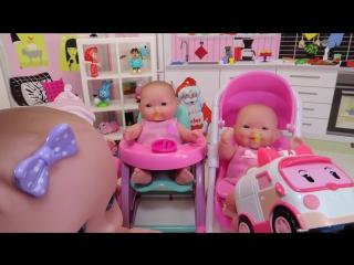 Куклы Пупсики Заболели Сопли Доктор Делает Укол Эмбер Робокар Полли Зырики ТВ куча игрушек for kids