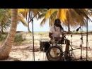 коллектив музыкантов из разных parates на планете..La canción Clandestino de Manu Chao..