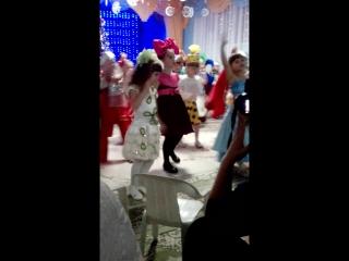 последний новогодний праздник в детском садике 2