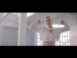 Oh Land  Renaissance Girls Official Music Video