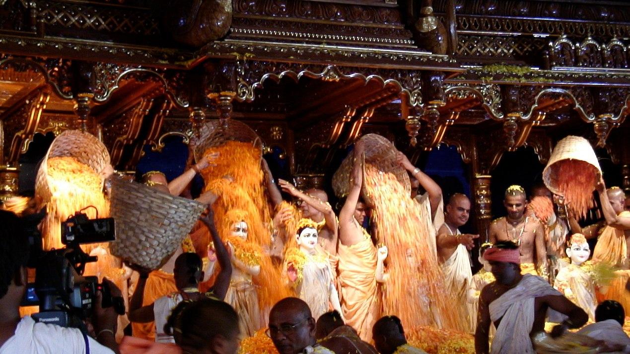 Типичными для индуизма можно признать такие религиозные положения