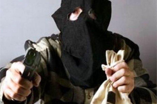В Курске «вооруженный» налетчик попытался ограбить ювелирный магазин