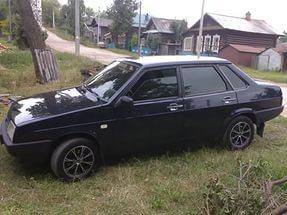 В Курской области пассажирка «ВАЗа» вывалилась из автомобиля на дорогу