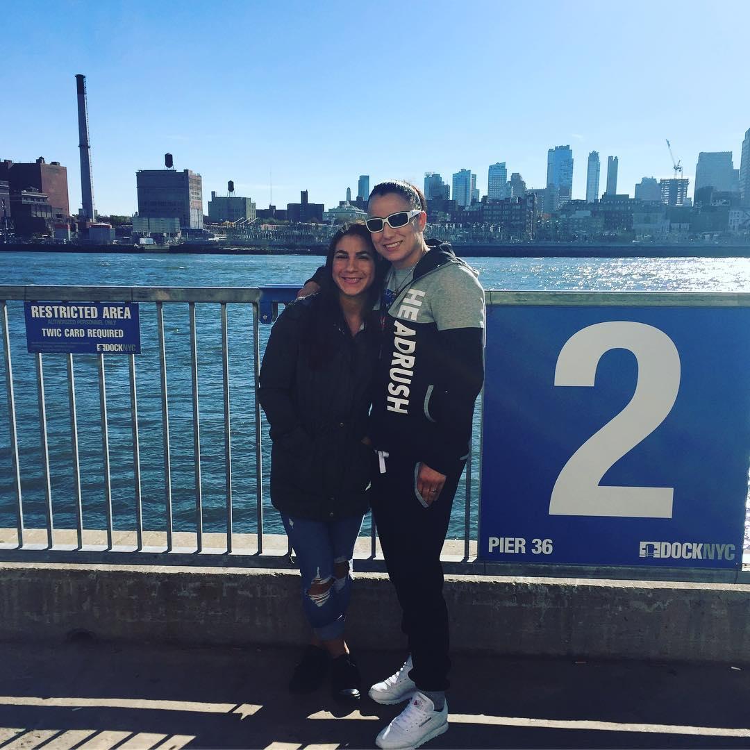 Тиша Торрес и Ракель Пеннингтон  в Нью-Йорке