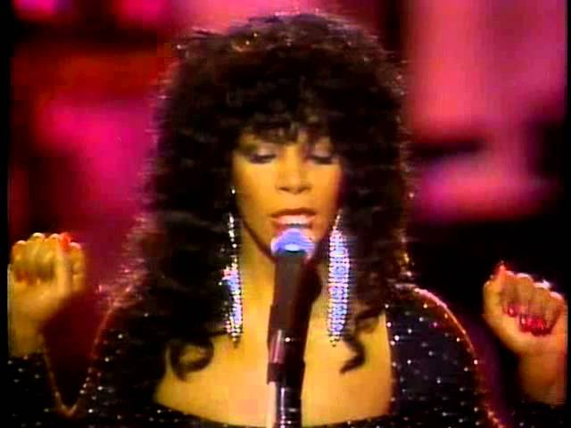 Donna Summer - A Hot Summer Night with Donna (1983)