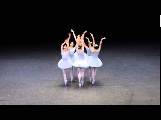 Балет с юмором. Балерины жгут так, что обхохочешься. Смотри, такое ты ещё не видел