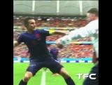 Robin Van Persies шикарный гол на чемпионате мира 2014! ?