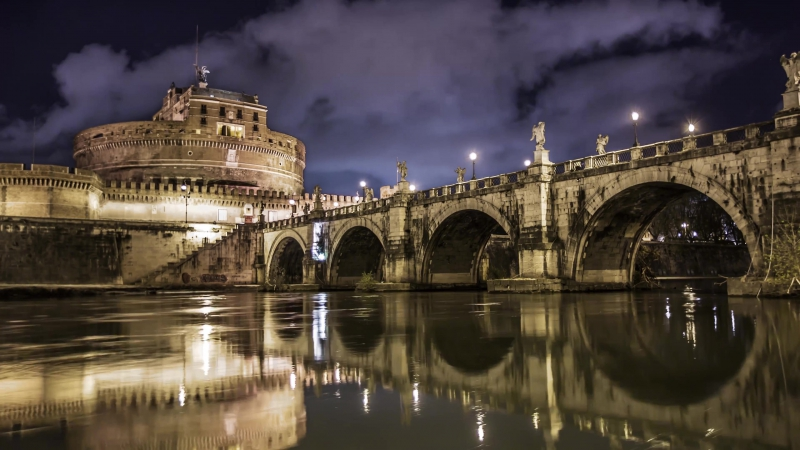 Italy Takeover! Rome, Pisa Vatican City in 4k DEVINSUPERTRAMP