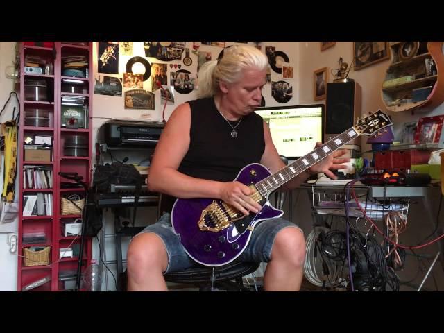 István Alapi - Floyd Rose FRX tremolo and Gibson Les Paul Custom guitar
