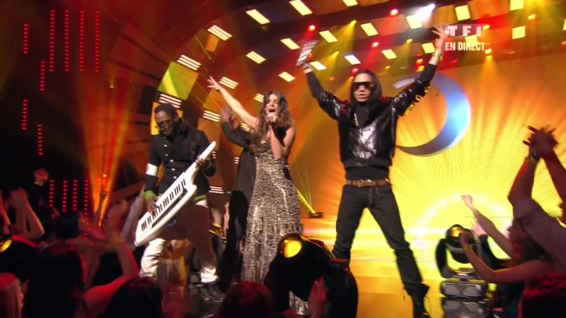 [ HD ] Black Eyed Peas - Meet Me Halfway Live NRJ Music Awards 2010