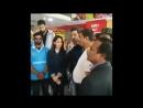Ритик с игроками крикетной команды Продвижение в Дели