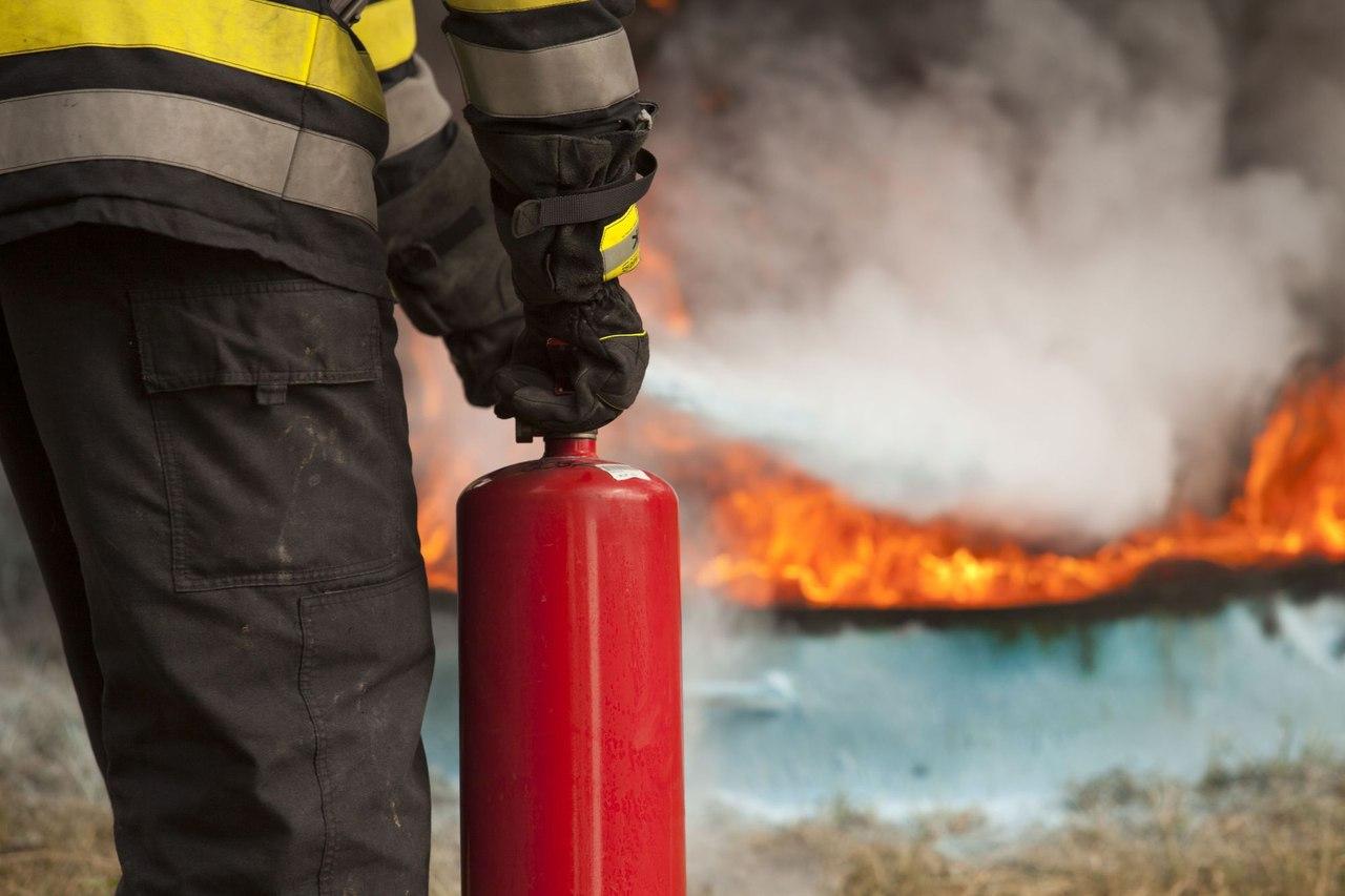 В ауле Ильич сгорело 29 рулонов сена
