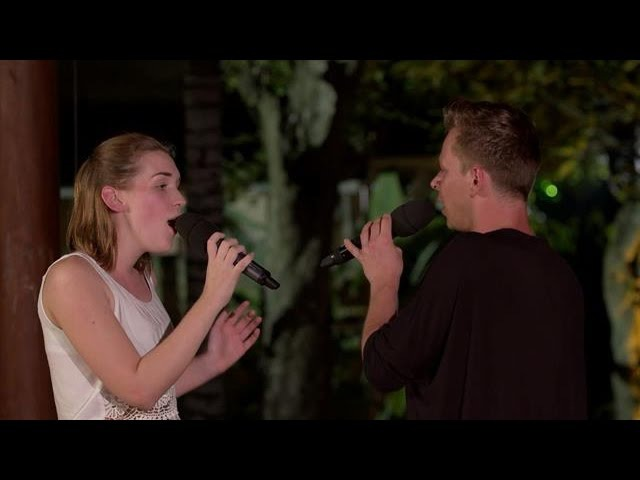 Nina en Yoran brengen jury tot tranen - IDOLS