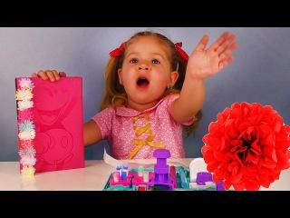 DIY Pom Pom Wow КРАСИМ Помпоны Видео для Детей Опыты и Игры для Девочек Игрушки decoration station