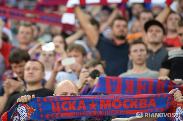 Владельцем футбольного клуба ЦСКА оказался не Евгений Гинер, а его сын: https://ria.ru/sport/20161027/1480086655.html