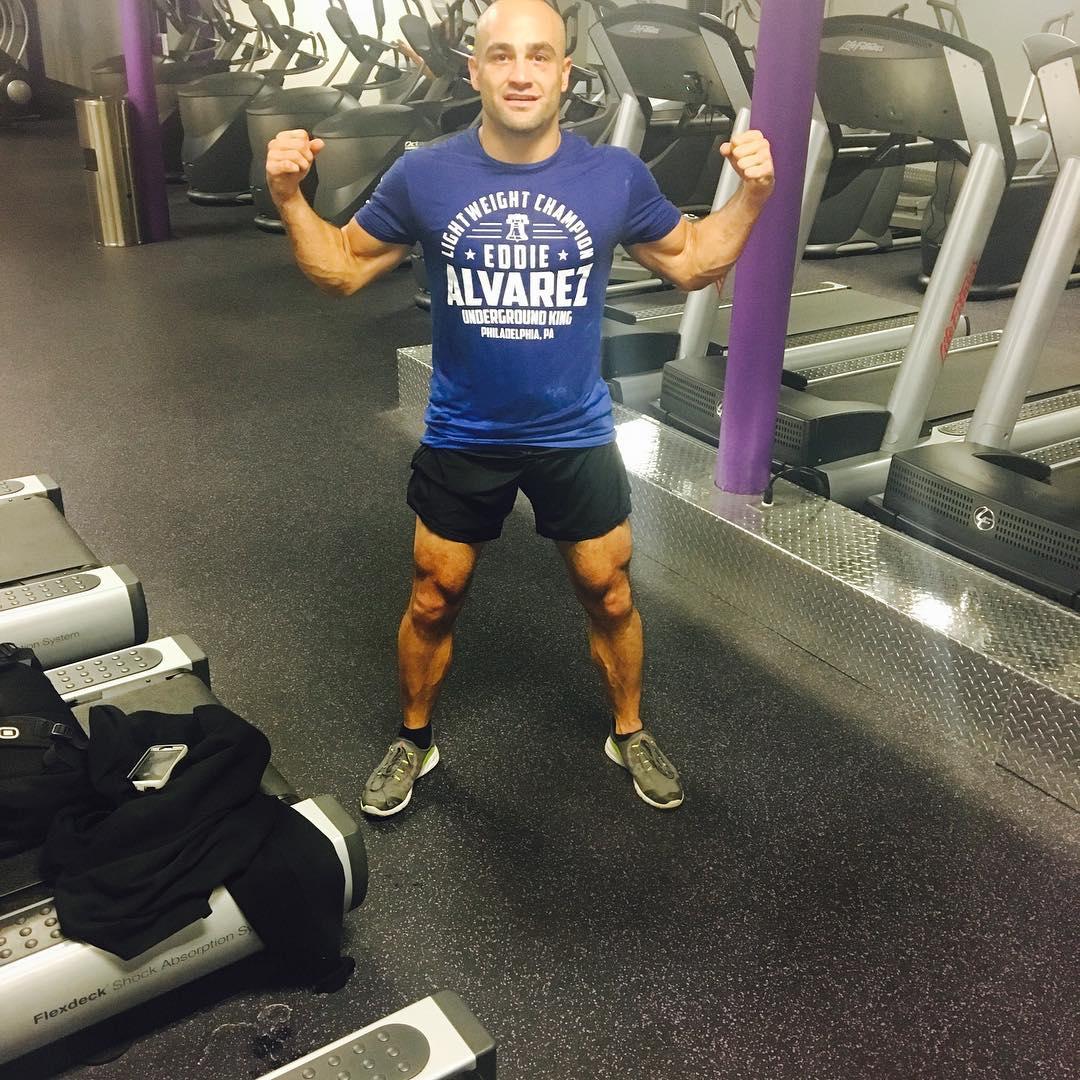 Эдди Альварес готовится к UFC 205