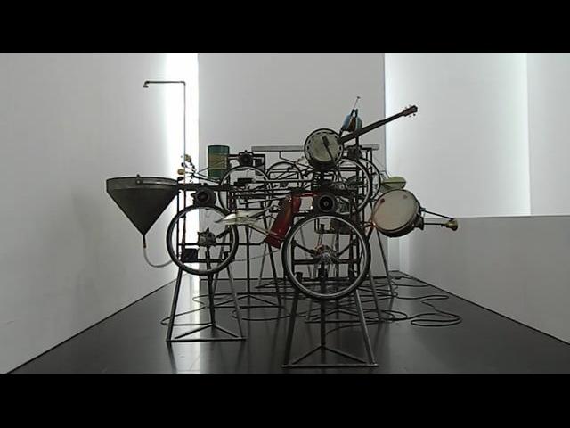 AUTOMÀTICS 1985/88. by Marcel·lí Antunez Roca and Jordi Arús. Made for Suz/o/Suz by la Fura dels Baus.