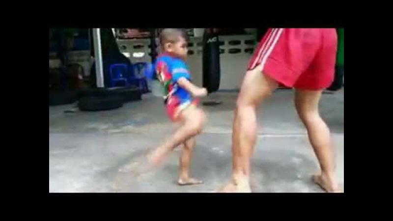 Thailand - Muay Thai Kids.