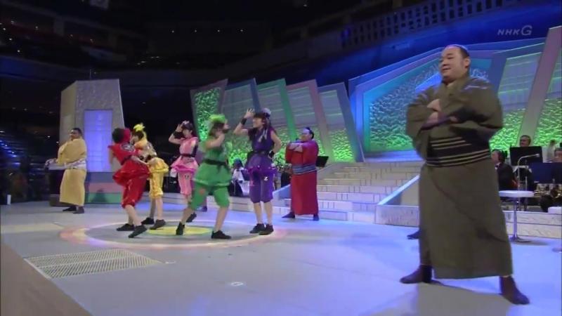 Ikuze! Kaitou Shoujo MOMOIRO CLOVER Z × Sumo Wrestler