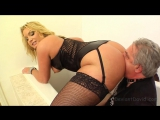 flower tucci and david 4