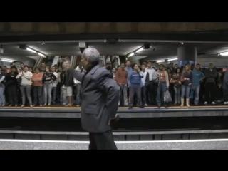 УДИВИТЕЛЬНЫЙ ПРОПОВЕДНИК, СВИДЕТЕЛЬСТВУЮЩИЙ О ХРИСТЕ!
