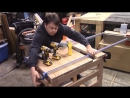 Столик верстак из дерева на три ящика на колесах под торцовочный станок в свою столярную мастерскую