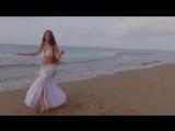 Очень красивый танец живота очаровательной девушки!Это просто супер!