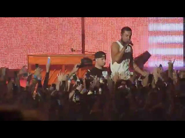 |-/ 12 Message Man 13 Holding On To You [Live in Phoenix, AZ]
