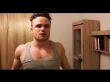 Как накачать грудные мышцы с гантелями дома!| STRONG DIVISION