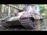 1/6th scale King Tiger tanks in battle.