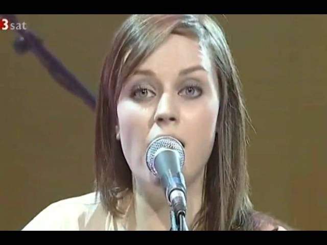 Amy Macdonald This is the Life Live at AVO Session in Basel 17 11 2008 avi