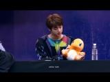 파이리를 조종하는 석찌니 방탄소년단 석진 BTS Jin focus fancam @170224 YNWA 명동 팬싸인회