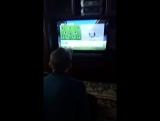 Лошара играет в FIFA!