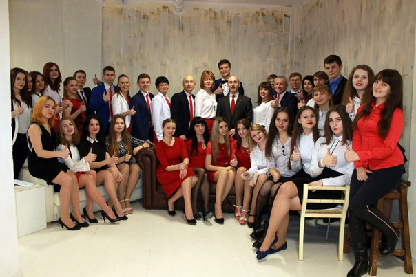 Внимание молодежи города Дмитриева!!!  Я являюсь менеджером быстроразв