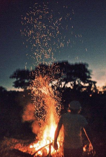 Терпение... Ведь как сказал один поэт: «Огнём огонь не потушить»