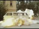 Артист и мастер изображения (2000) - car crash scene