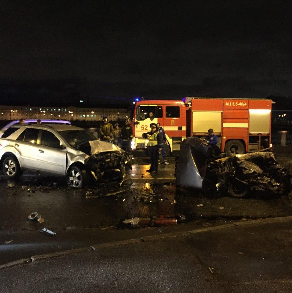 ВДТП наОктябрьской набережной умер шофёр