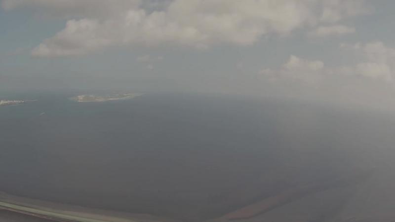 Landing in the sunny Male Intl. Airport (VRMM), Maldives_ Посадка в солнечном Мале
