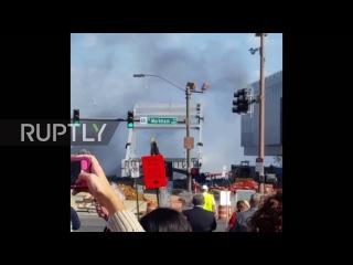 США: Бродвей Мост в Арканзасе выдерживает попытку имплозии.