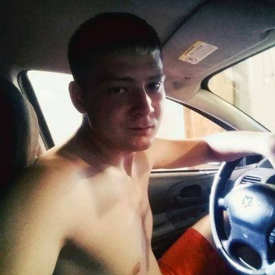 Виктор Карелин