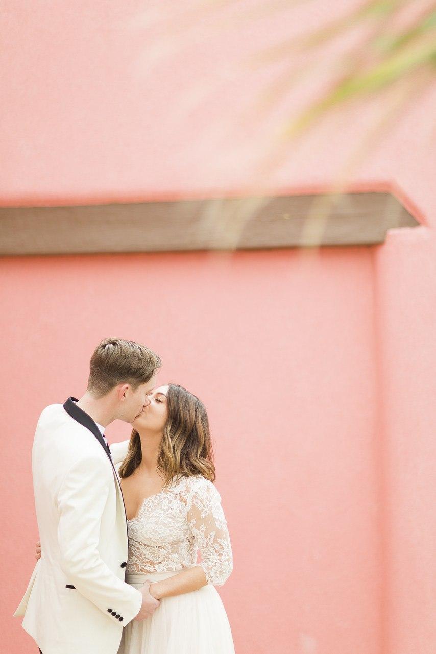 wfwpesZ FLM - Он был известен как незаменимый ведущий на свадьбу (30 фото)