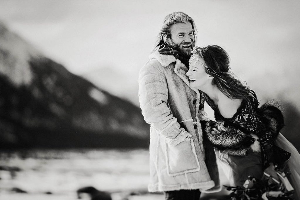oemz1ilTJjo - Им были не знакомы обычаи русской свадьбы, но в душе они были русскими (33 фото)