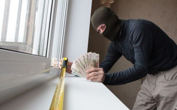 В Таганроге лже-установщику металлопластиковых окон удалось обмануть как минимум 30 граждан