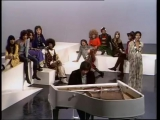 Les Humphries Singers (Liz Mitchell) - Motherless child 1971