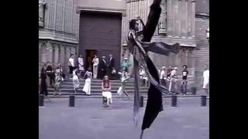 Jose Bertolero – Danzancos / Danza en Zancos / Stilt Dance / Танец на ходулях